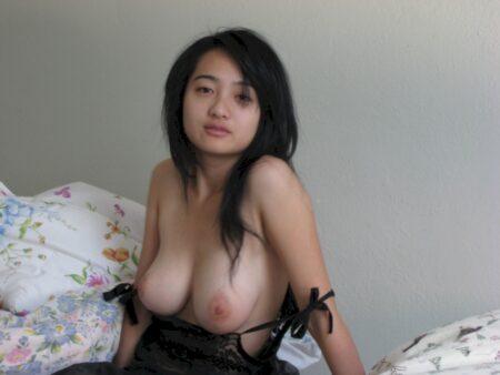 Annonce femme asiatique en France pour un jeune mec sur la Hauts-de-Seine