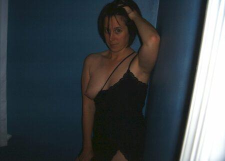 Femme infidèle sexy cherche un libertin pour un plan q sur le Tarn-et-Garonne
